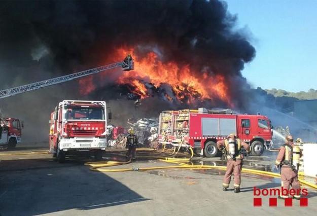 Incendi Capellades 1438540442252