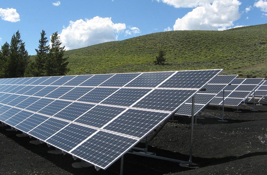 Estudio Técnico-económico Y Proyecto De Instalaciones Fotovoltaicas