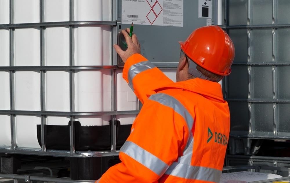 Actualización De La Norma Reglamentaria Para El Almacenamiento De Productos Químicos
